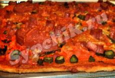Выпечка - Пицца с колбаской
